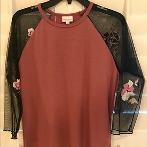 NWT randy - dusty pink, embroidered flower sleeves
